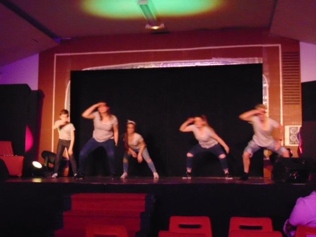 1 Les danseurs (ses)